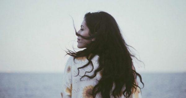 Στην απλότητα κρύβεται η ευτυχία: Το ποίημα του Οδυσσέα Ελύτη που πρέπει όλοι να διαβάσουμε!!!