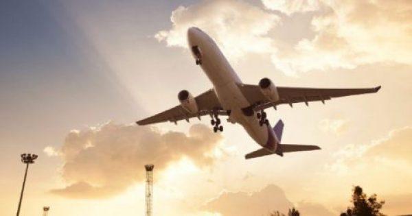 Το απλό κόλπο για να βρίσκει κανείς φθηνά αεροπορικά εισιτήρια μέσω Ιντερνετ