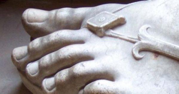 «Ελληνικό πόδι» – Η ιδιομορφία στα δάχτυλα που έγινε αισθητικό πρότυπο [εικόνες]