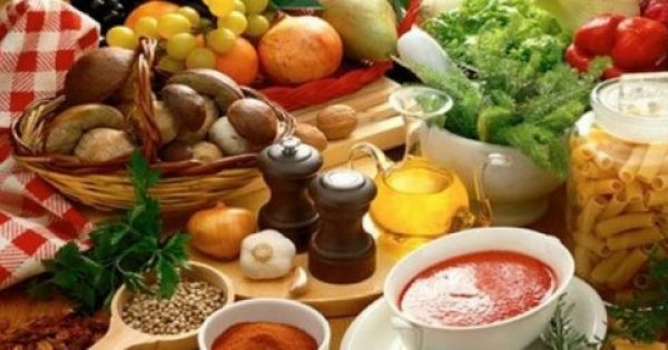 10 τροφές που πρέπει να βάλεις στη διατροφή σου εάν είσαι πάνω από 40