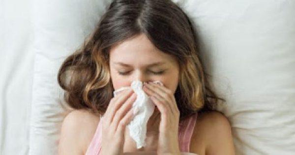 Επτά τροφές που επιδεινώνουν τη γρίπη και το κρυολόγημα