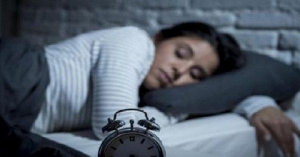 Ξέρετε τι σας συμβαίνει όταν ξυπνάτε την ίδια ώρα κάθε βράδυ;