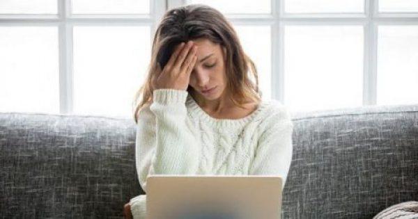 Αδύναμα μαλλιά, κόπωση, μελανιές: Ποιες διατροφικές ελλείψεις φανερώνουν