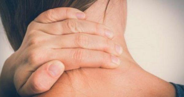 Αυχενικό σύνδρομο: Γιατί και πότε έχετε πόνους στον αυχένα