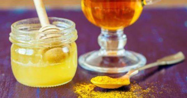 Κουρκούμη και μέλι: Τι είναι το… χρυσό μέλι, τι προσφέρει, πώς να το τρώτε.