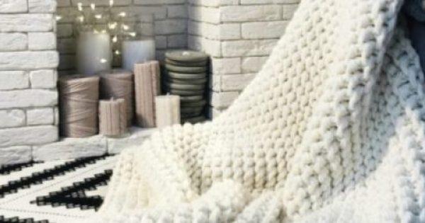 DIY: Δείτε Πώς θα Πλέξετε Αυτή την Κουβέρτα Μέσα σε 1 Μέρα