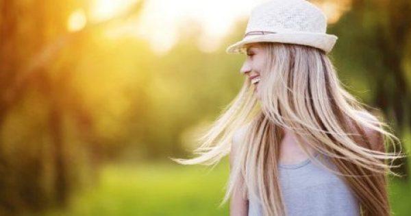 Ίσια Μαλλιά Χωρίς Πιστολάκι ή Σίδερο. Κι όμως, Γίνεται με τον πιο Φυσικό Τρόπο! (VIDEO)