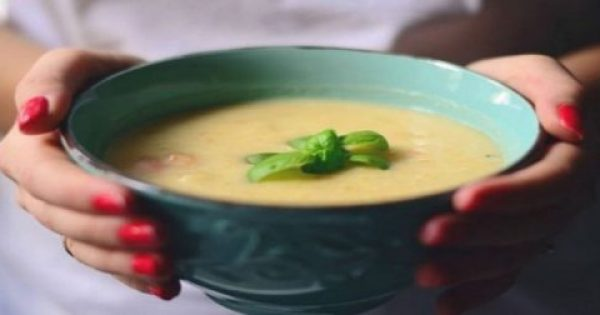 Εξαφάνισε 6 κιλά σε μια εβδομάδα: Η θαυματουργή δίαιτα με την σούπα