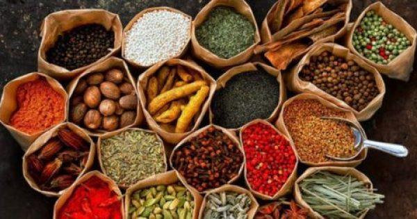 10 κορυφαία βότανα που βοηθούν στην απώλεια βάρους