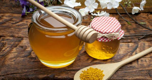 8 πράγματα που θα συμβούν στο σώμα σας αν αρχίσετε να τρώτε μέλι κάθε μέρα!!!