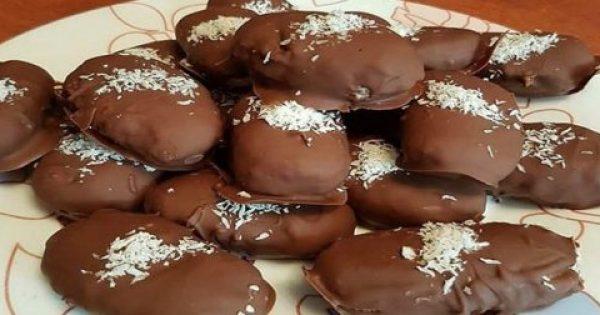 Θα τα λατρέψεις… Πανεύκολα σοκολατάκια με 3 υλικά!