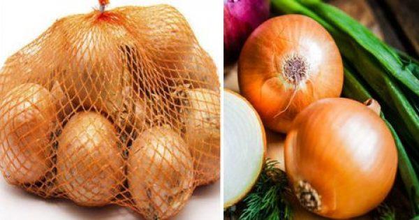 Μην ξαναπετάξεις το πλαστικό δίχτυ από τα κρεμμύδια και τις πατάτες σου – Η απίστευτη χρήση του στην κουζίνα