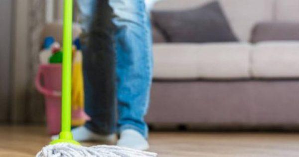 Τρεις συνήθειες που καταστρέφουν το ξύλινο πάτωμα