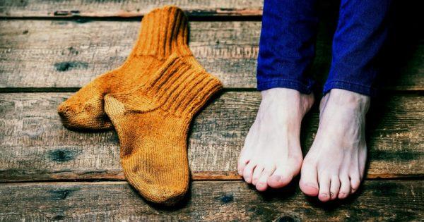 Παγωμένα χέρια ή πόδια:Ποια σοβαρή ασθένεια μπορεί να κρύβει; Πώς σχετίζεται με τα αυτοάνοσα νοσήματα;