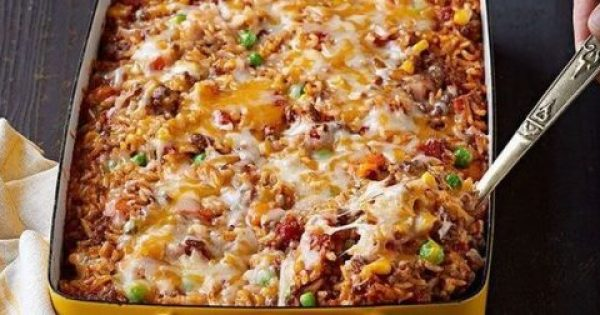 Γιουβέτσι με κιμά και τυρί
