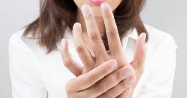 Μούδιασμα στα άκρα: Τι σηματοδοτεί για την υγεία σας