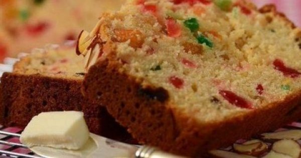 Ελαφρύ κέικ φρούτων (Video)