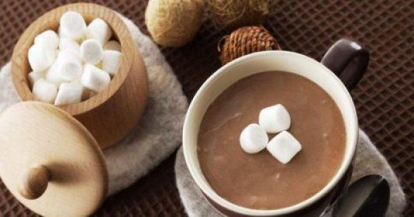 3 υλικά+ 3 λεπτά είναι όσα χρειάζεσαι για μια ζεστή σοκολάτα!