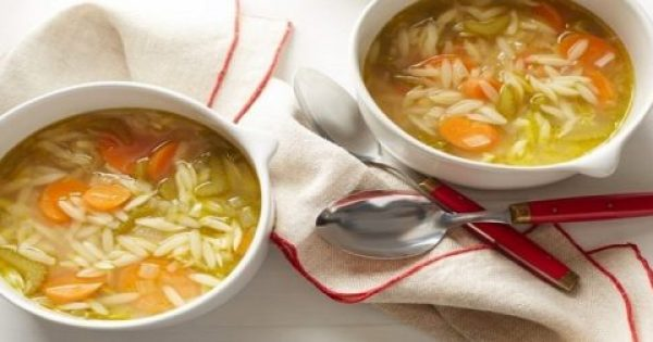 Μύθος ή πραγματικότητα; – Τελικά πόσο καλό κάνει μια σούπα στο κρυολόγημα;