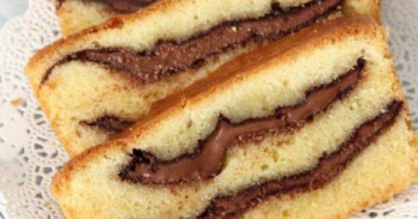 Υπέροχο κέικ βανίλιας με γέμιση Nutella