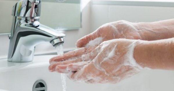 Το 97% όλων μας πλένει τα χέρια του λάθος! Τι δεν κάνουμε σωστά