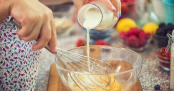 Ξεχάστε όσα ξέρατε – Μην βάζετε γάλα στην ομελέτα όταν χτυπάτε τα αυγά