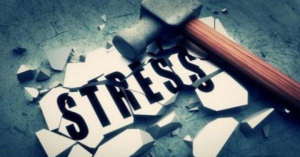 Το πολύ απλό πράγμα που μπορεί να σε βοηθήσει να μειώσεις το άγχος