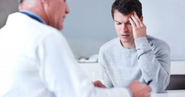 Πονοκέφαλος: Πότε μπορεί να κρύβει κάτι σοβαρό