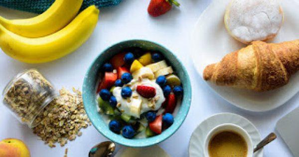 Δεν ξέρεις τι να φας για πρωινό; Δες 10 τροφές για να ξεκινήσεις τη μέρα σου