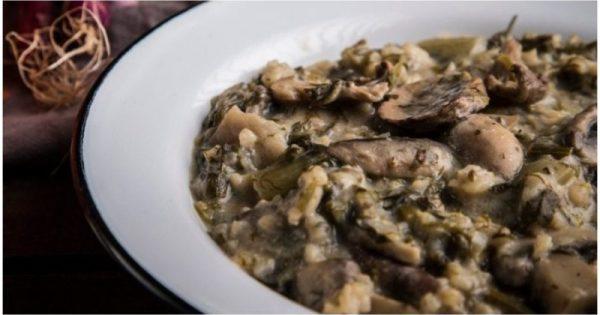 Συνταγή για την πιο τέλεια vegan μαγειρίτσα – Θα ξετρελαθείς από την απίθανη γεύση της