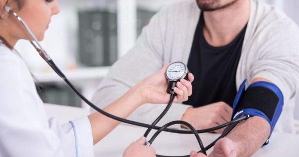 Επτά τρόποι για λιγότερο στρες και χαμηλότερη αρτηριακή πίεση