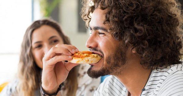 Πώς αποφεύγουν τον διαβήτη όσοι τρώνε από τις 8 το πρωί έως τις 5 το απόγευμα