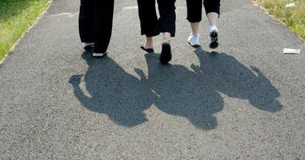 Περπάτημα: Αυτά είναι τα 10 οφέλη στην υγεία μας