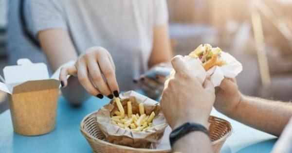 Τα τηγανητά αυξάνουν τον κίνδυνο εμφάνισης στεφανιαίας νόσου