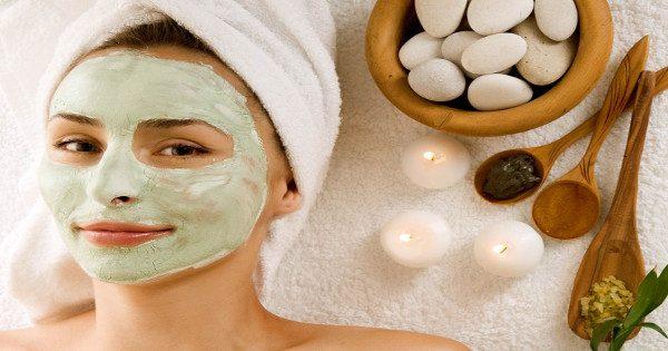 Η σούπερ μάσκα ομορφιάς που μπορείτε να φτιάξετε μόνες σας